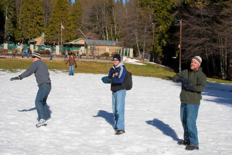 2010 - Jan - 15-17 - Jr High Winter Retreat-6593