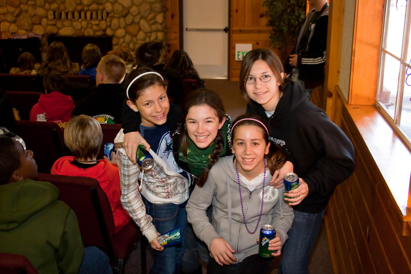 2010 - Jan - 15-17 - Jr High Winter Retreat-6554