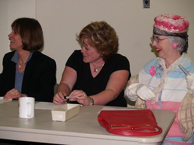 """Eunice, Sarah, & Leona as """"Edith"""""""