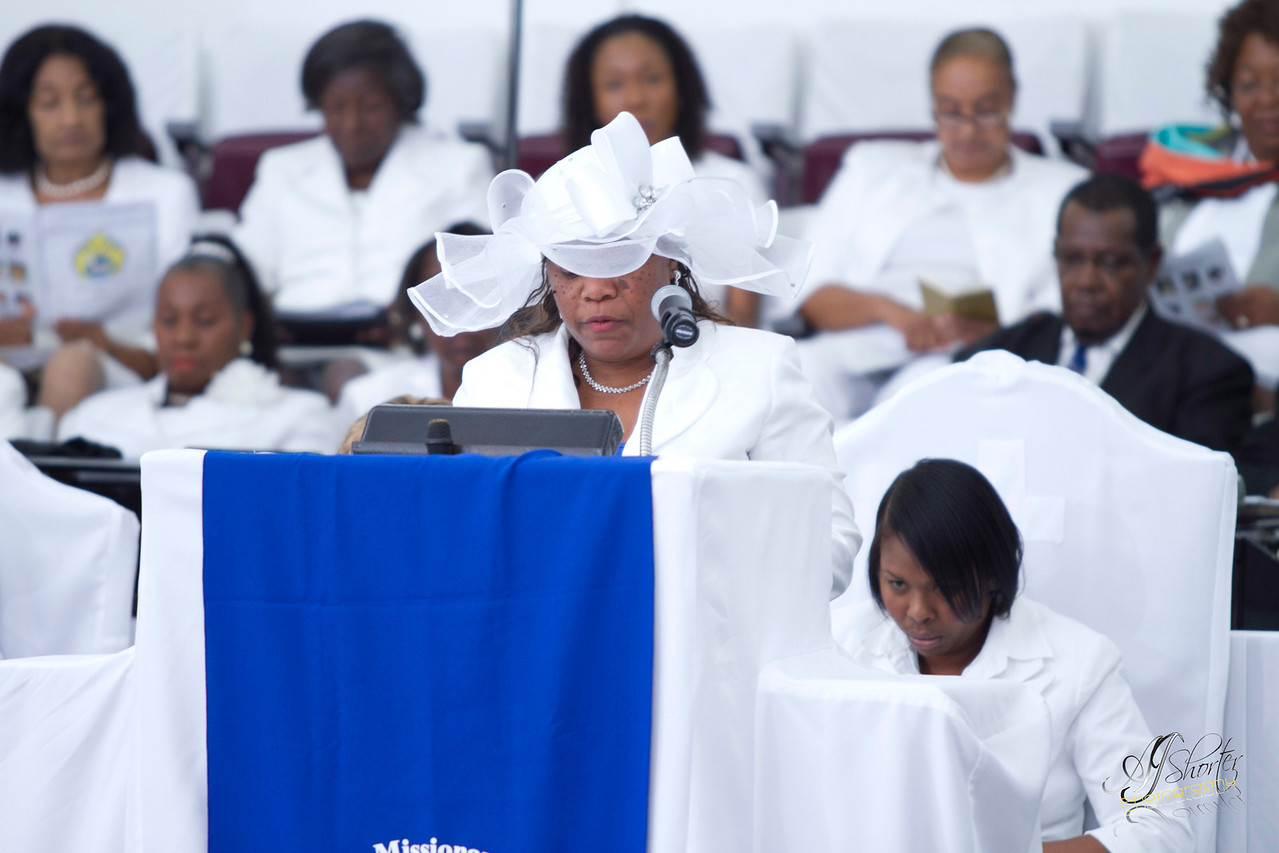 Women Missionary Society   Night-In-White Worship Experience