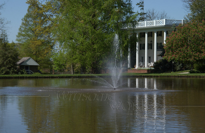 CD campus scene; Ad Building across the pond