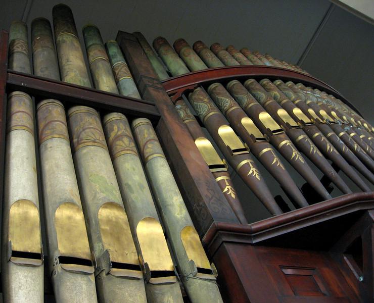 Bell Buckle Methodist Church - Wooden Pipe Organ Circa 1890.  Bell Buckle, TN