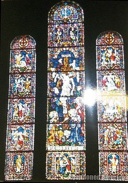 Church of the Transfiguration in Philadelphia, original installation of the windows. The Amos window is on the left; the Zacharias window is on the right. Because of space constraints, Saint Louis did not acquire the large windows in the center.