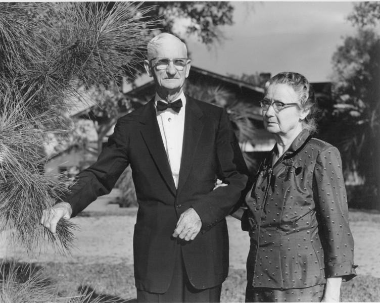 Rev and Mrs Albert H Giddens - JC