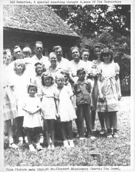 Mt. Pleasant congregation in 1945.
