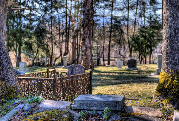Saint Andrew's Anglican Cemetery - Courtenay, BC, Canada