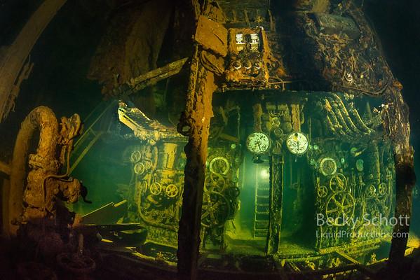 Rio de Janeiro engine room really wide