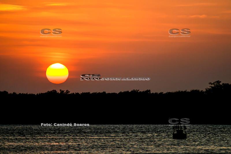 Pôr-do-sol no Rio Potengi