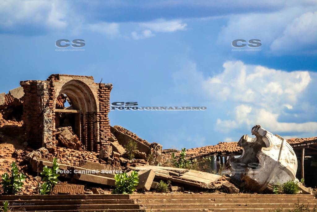 Ruínas da Igreja