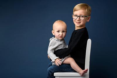Cincinnati Children Sibling Photographer