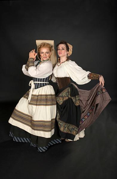 Tosca Costumes Web Gallery