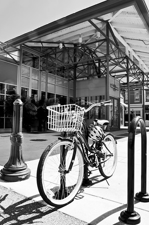 findlay market bike_HDR2_BW