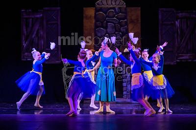2036_Cinderella_Blue_Cast