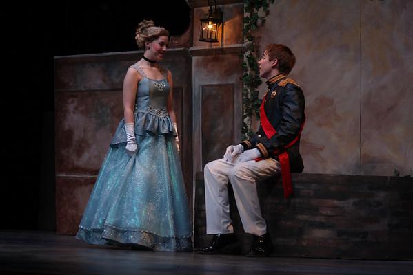 Cinderella - The Royal Gardens