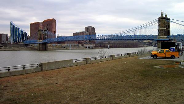Cinncinnati-Ohio River 2011-02-13