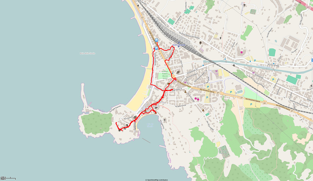 The red line shows where we walked.   On this, our arrival day, we were taken for a familiarisation tour round Sestri Levante.