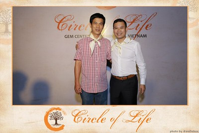 Circle-of-Life-Gem-Center-Photoobooth-by-WefieBox-Vietnam-06