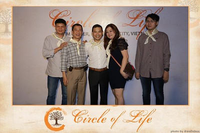 Circle-of-Life-Gem-Center-Photoobooth-by-WefieBox-Vietnam-14