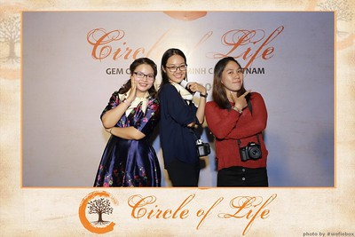 Circle-of-Life-Gem-Center-Photoobooth-by-WefieBox-Vietnam-35