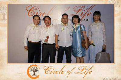 Circle-of-Life-Gem-Center-Photoobooth-by-WefieBox-Vietnam-24