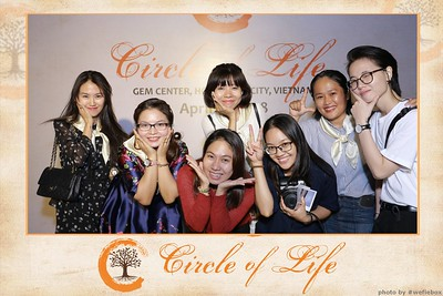 Circle-of-Life-Gem-Center-Photoobooth-by-WefieBox-Vietnam-45