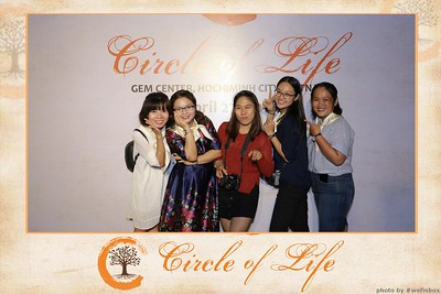 Circle-of-Life-Gem-Center-Photoobooth-by-WefieBox-Vietnam-32