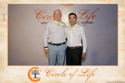 Circle-of-Life-Gem-Center-Photoobooth-by-WefieBox-Vietnam-07
