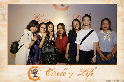 Circle-of-Life-Gem-Center-Photoobooth-by-WefieBox-Vietnam-48