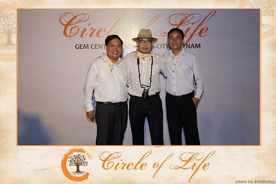 Circle-of-Life-Gem-Center-Photoobooth-by-WefieBox-Vietnam-21