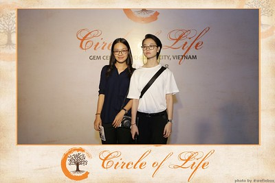 Circle-of-Life-Gem-Center-Photoobooth-by-WefieBox-Vietnam-03