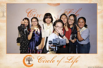Circle-of-Life-Gem-Center-Photoobooth-by-WefieBox-Vietnam-42