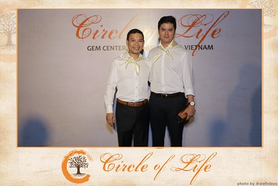 Circle-of-Life-Gem-Center-Photoobooth-by-WefieBox-Vietnam-11