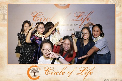 Circle-of-Life-Gem-Center-Photoobooth-by-WefieBox-Vietnam-43