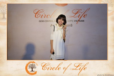 Circle-of-Life-Gem-Center-Photoobooth-by-WefieBox-Vietnam-05
