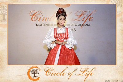 Circle-of-Life-Gem-Center-Photoobooth-by-WefieBox-Vietnam-39