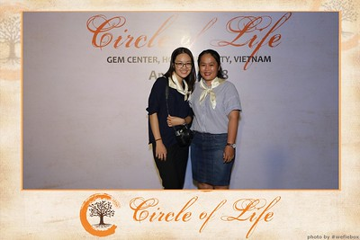Circle-of-Life-Gem-Center-Photoobooth-by-WefieBox-Vietnam-30