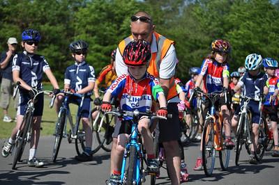 Tudor Grange Circuit Race 2 - May 2012