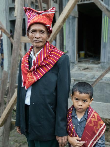 Batak-elder-and-grandson,-Lingga-Brastagi,-North-Sumatra