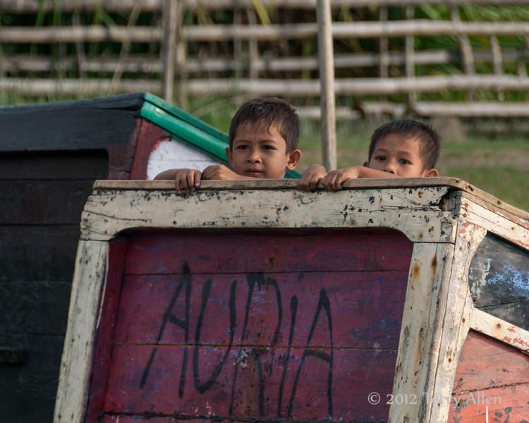 Curious-Acehnese-boys,-Bireuen-region,-Aceh-Province
