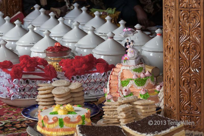 Wedding cakes at a Minangkabau wedding feast, Solok, West Sumatra
