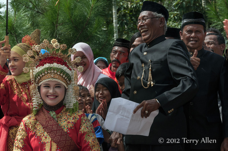 Speech-about-the-bride,-Acehnese-wedding,-Pirak Timu,-Aceh-Province<br /> <br /> 4. The tradition seemed to be for a local elder to give a speech about bride, which seemed to be more of a roast, given the hilarity of the crowd