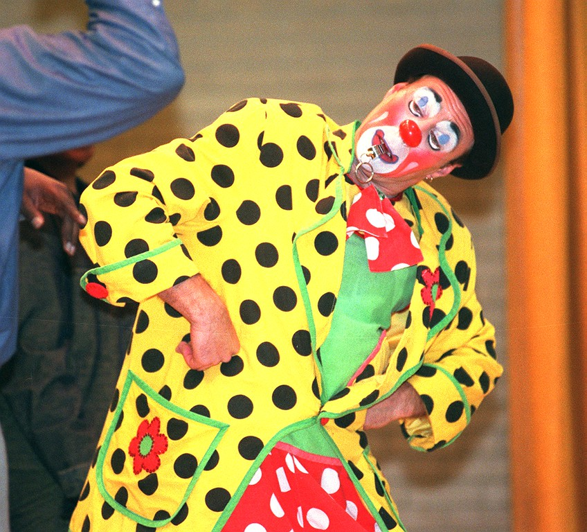 """. \""""Alex the Clown\"""" from the Moscow State Circus performs for the students at Mark Twain Elementary School in Pontiac.  The Circus is performing at The Palace of Auburn Hills this weekend."""