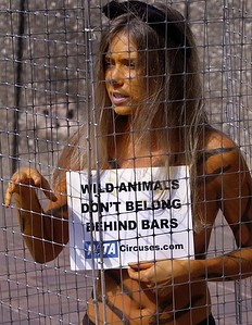 BB Peta Protest/Caged Lady