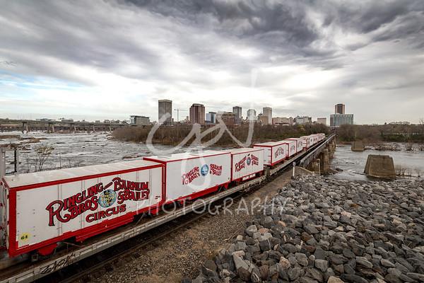Circus train farewell