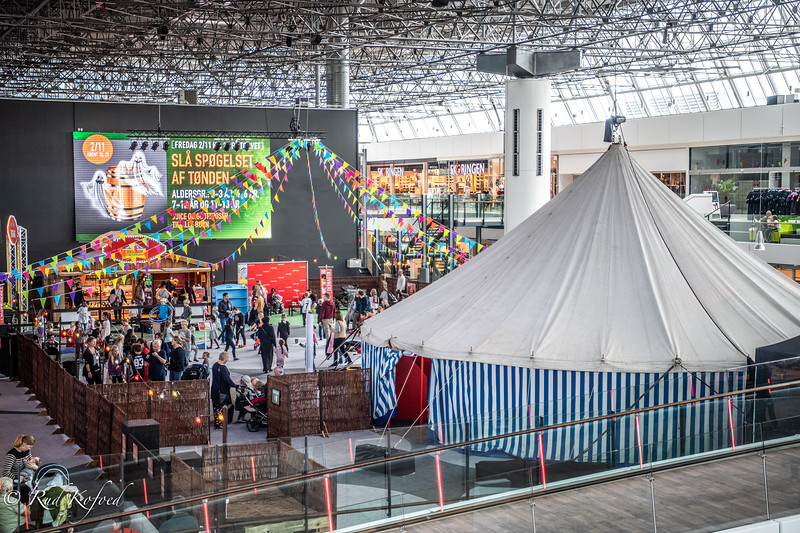 Cirkus på 1. sal med masse af legemuligheder