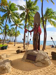 Famous Duke Statue on Waikiki Beach