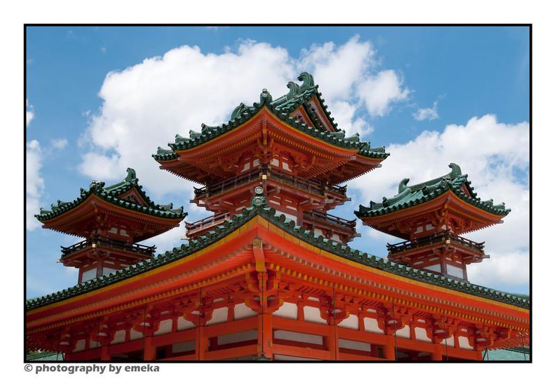 Heianjingu Temple, built in 1895 to mark Kyoto City's 1100 anniversary.