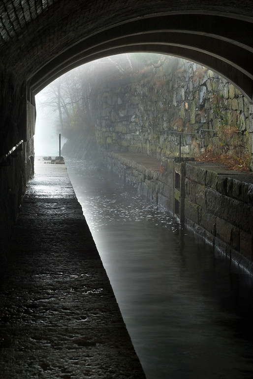 Northern Canal Lock - Vert.