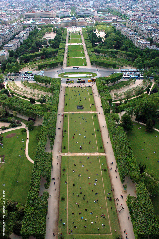 Park Du Champ De Mars - view from atop the Eifel Tower
