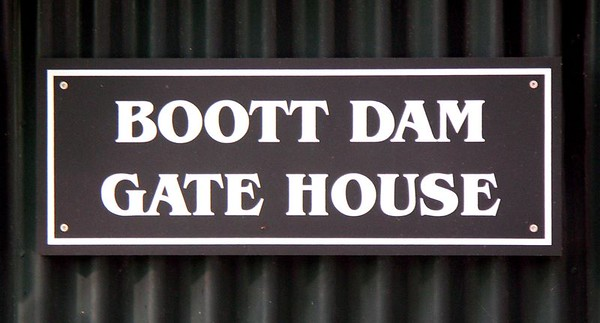 Boot Dam Gate House